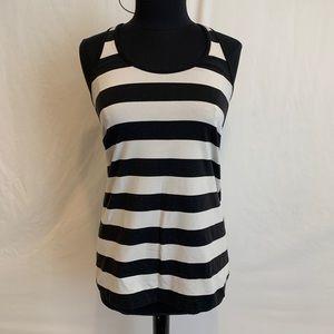 🍋Lululemon black and white striped tank🍋